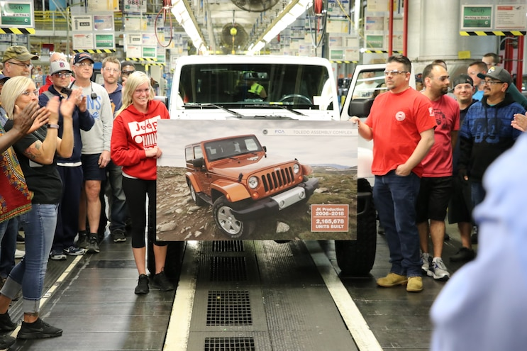 2018 Jeep Wrangler Jk Unlimited Final Production Line 03