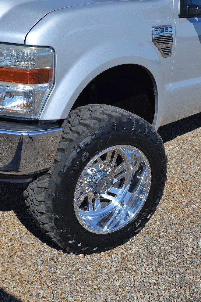 014 2008 Ford F350 Front Tire Clearance