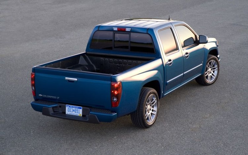 2009 Chevrolet Colorado V 8 rear Three Quarter
