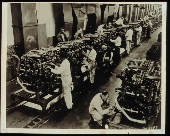 Tank Assembly Line Chrysler Wwii
