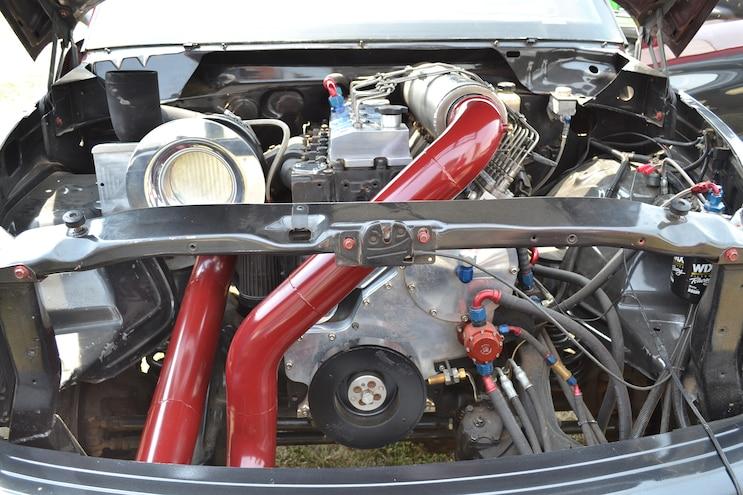 002 Rob 26 Puller Engine Bay