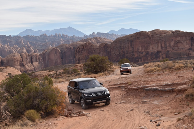 Off Roading A 2018 Land Rover Discovery