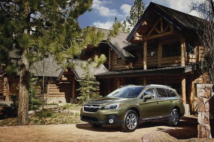 Subaru Outback Gets Standard EyeSight, Emergency Braking for 2019