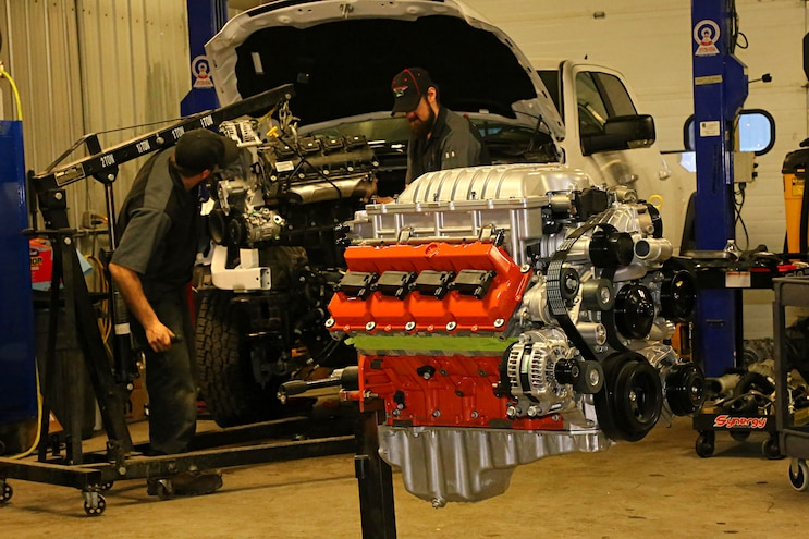 Ultimate Mopar Swap- Installing a 700hp cat Crate Engine ... on