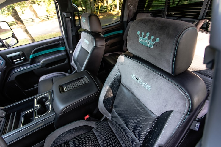 2016 Chevy 3500 Functional Beaut Interior