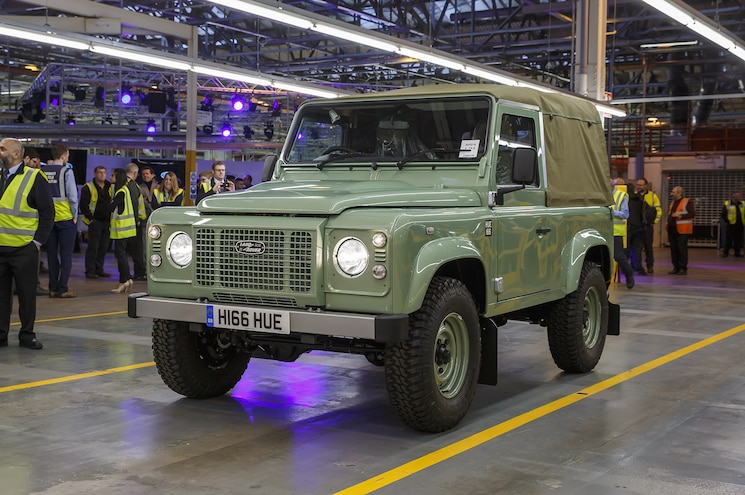 End of an Era: The Last Land Rover Defender Rolls Off Assembly Line