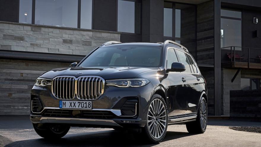 BMW Digest: Company Reveals 2019 X7 Fullsize SUV, X5 M Performance Parts