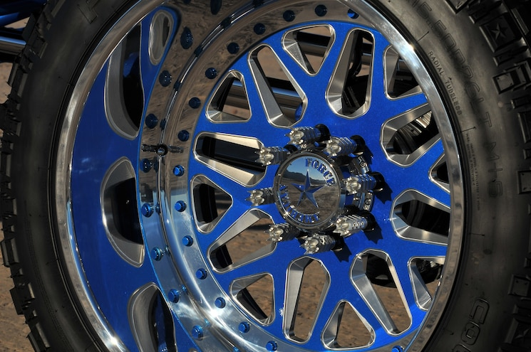2005 Ford Excursion Lady Luck Wheel