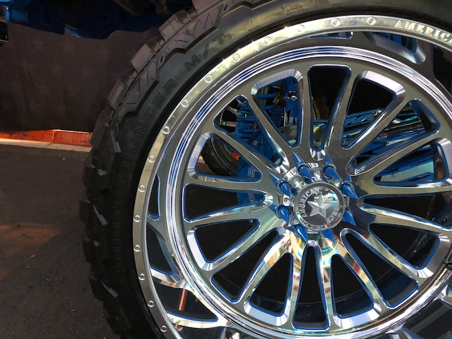 SEMA 2018 42 1650 R30 Country Hunter MtFury Tire