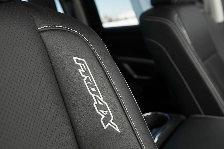 80 2016 Nissan Titan XD Pro 4X Seat