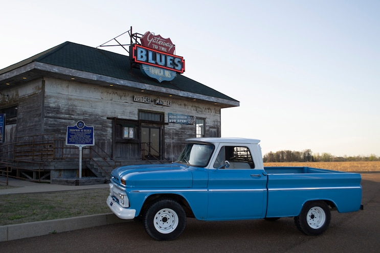 Traveling The Mississippi Blues Trail In Search of Music, Food, and Pickups