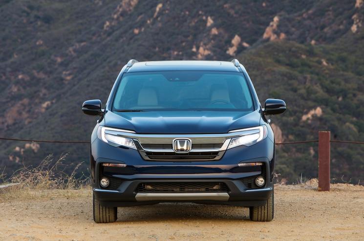 2019 Honda Pilot Elite Exterior Front View