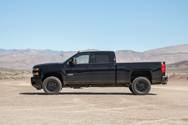 06 2016 Chevroler Midnight Edition Colrodao Silverado HD