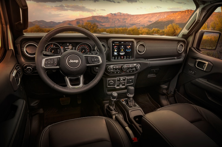 2018 Jeep Wrangler Unlimited Moab Edition Interior Dashboard