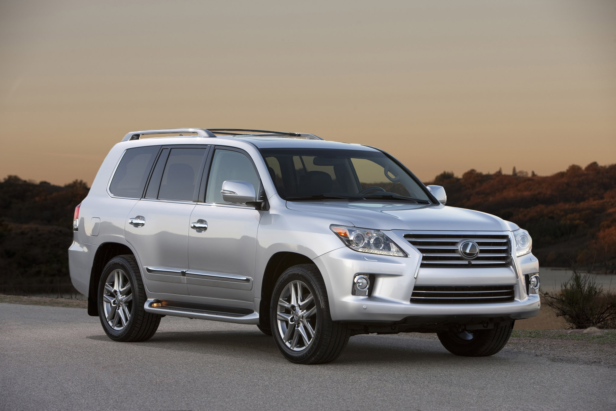 Pre Owned 2008 To 2017 Lexus Lx 570