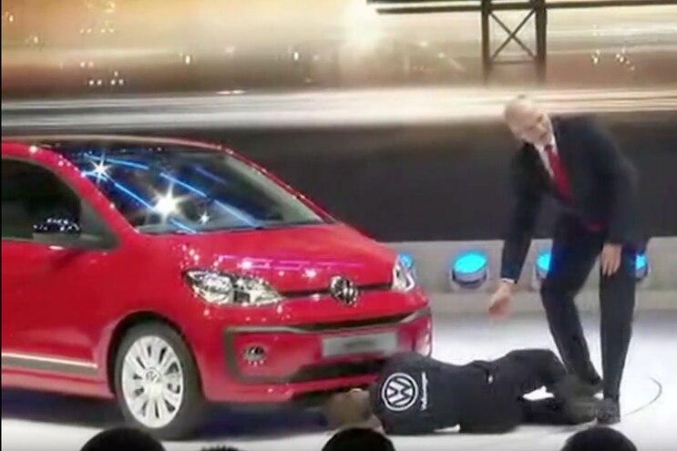 VW Diesel Emission Scandal Protester Interrupts Geneva Press Conference - Video