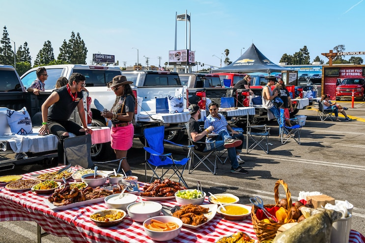 Ramble On – Tailgating the Right Way
