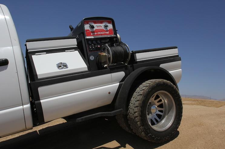002 2008 Dodge Ram Welding Truck
