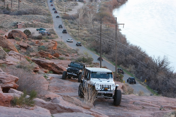 Trail Stalking On Day 2 Of EJS 2016 - VIDEO