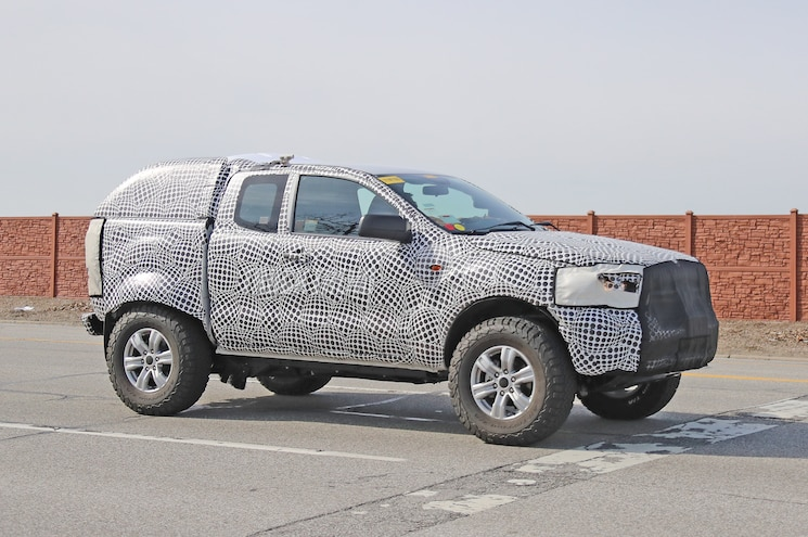 SPIED: 2021 Ford Bronco and 2022 Ranger Raptor Mule