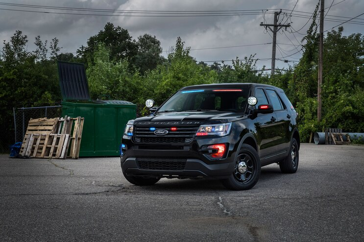 Perps Beware -- Ford Offering Stealth Light Bar for Police Utility Explorers