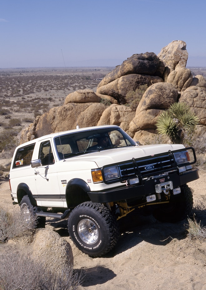 027 Bruce Smiths 1990 Ford Bronco