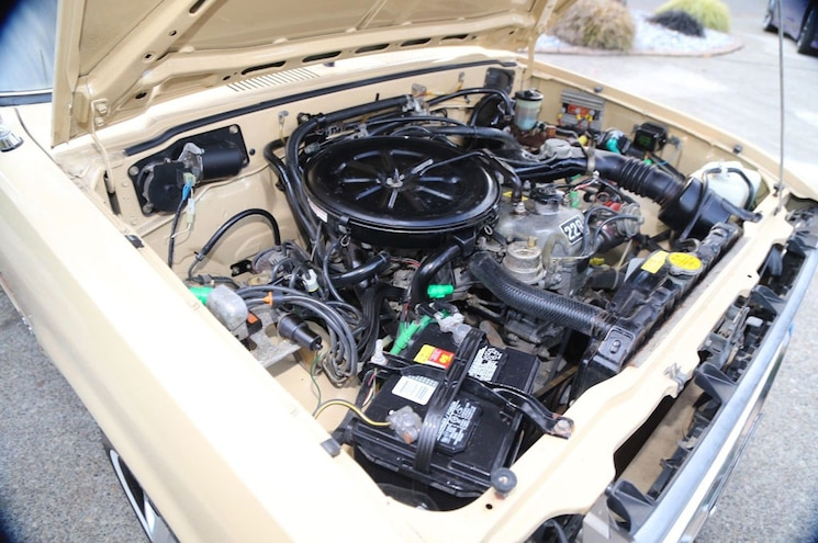 1981 Toyota Pickup Dualie 22r Engine