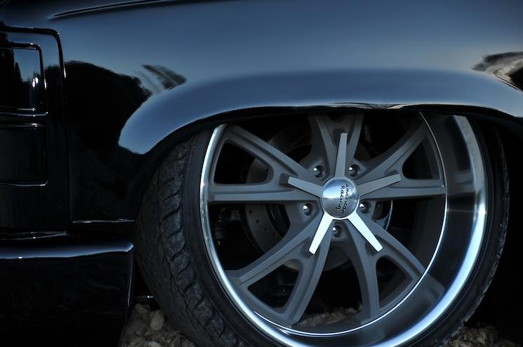1995 GMC Sierra Black Night Wheel
