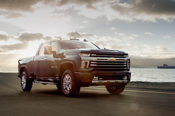 Chevrolet Reveals Less Controversial 2020 Silverado HD High Country