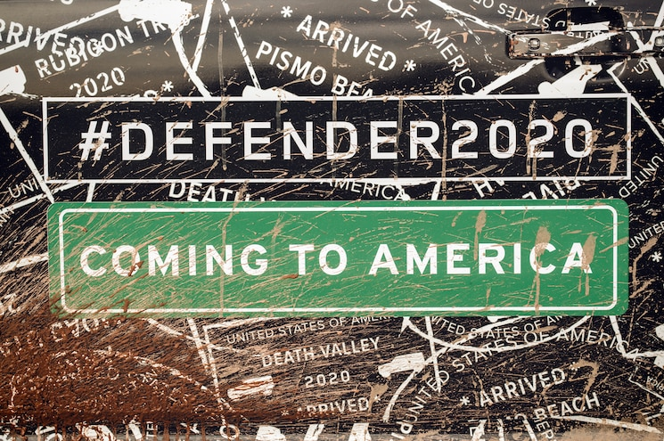 2020 Land Rover Defender Camouflage Branding
