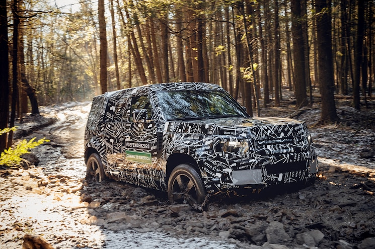 2020 Land Rover Defender Off Road Exterior Front Quarter 01