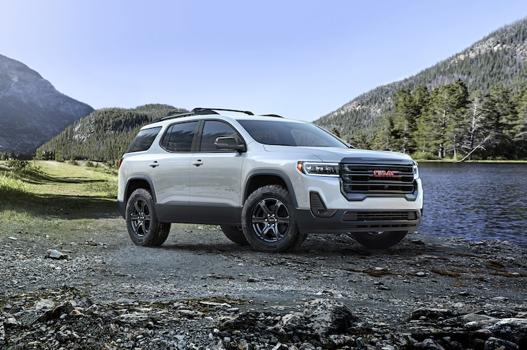 First Look – Refreshed 2020 GMC Acadia Gets AT4 Variant