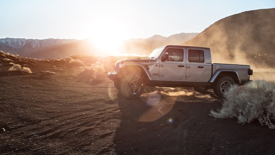2020 Jeep Gladiator Rubicon Side View Motion Sun