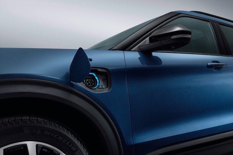 2020 Ford Explorer Plug In Hybrid Exterior Charge Port