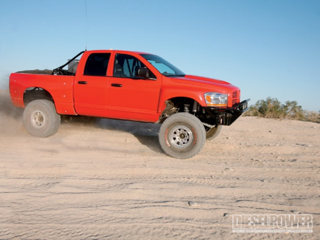 2003 Dodge Ram 2500 right Side Angle