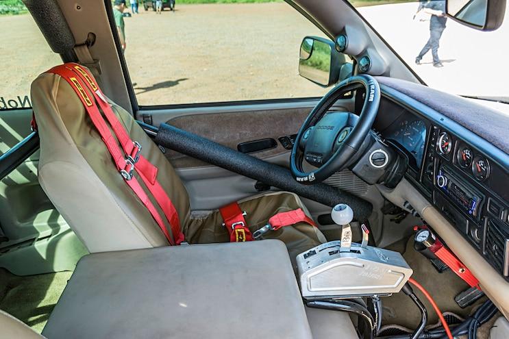 015 Cirius Noble 1997 Dodge Ram 2500