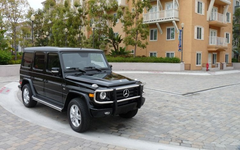 2009 Mercedes Benz G550 front Three Quarter