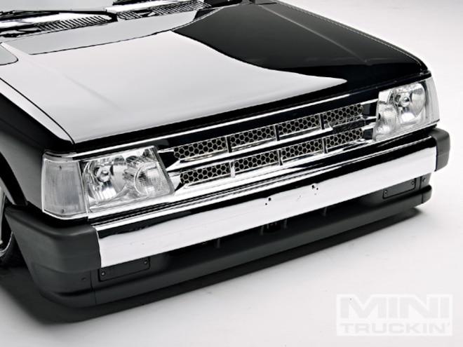 1987 Mazda B2000 chrome Bumper And Grille