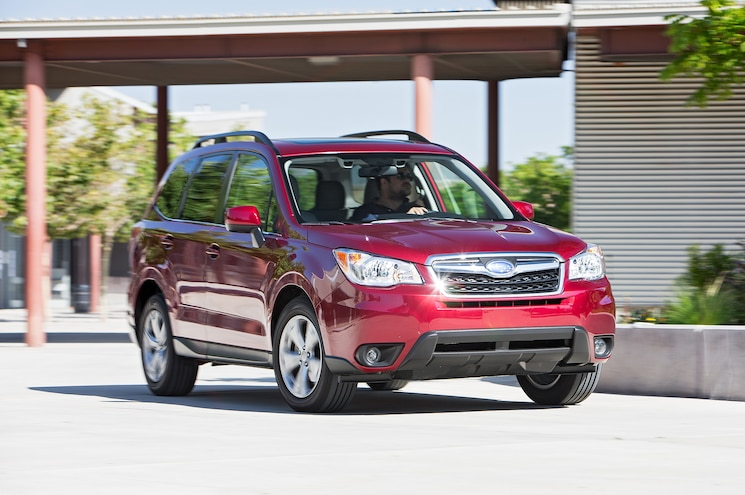 2016 Subaru Forester 25i Limited Front Three Quarter Turn