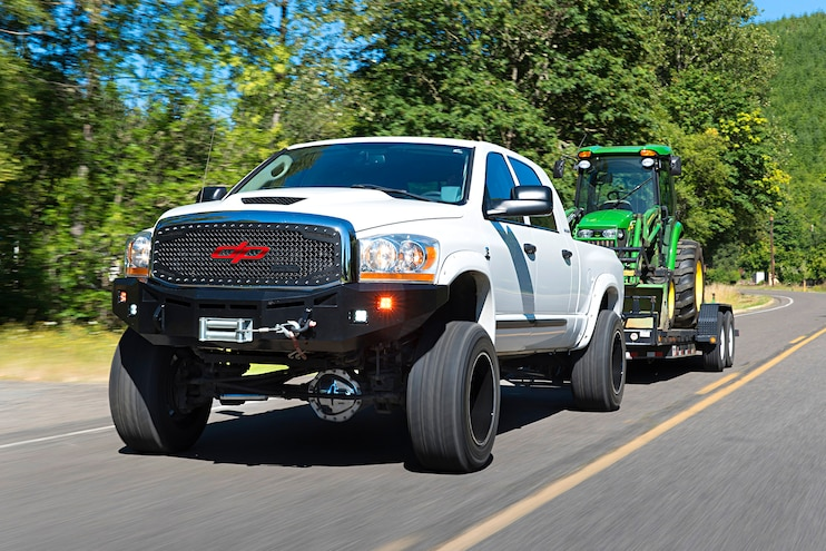 White Knight: Mike Dunk Sr's Do-It-All 2006 Dodge Ram 3500