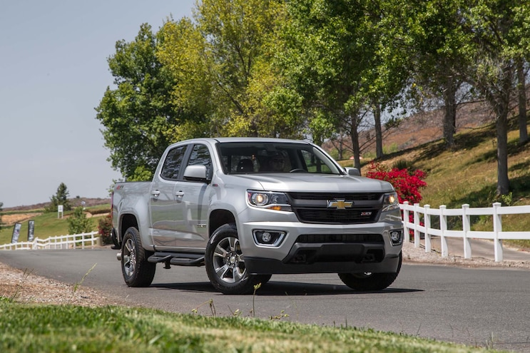 2016 Chevrolet Colorado Z71 Duramax Front Three Quarter 05