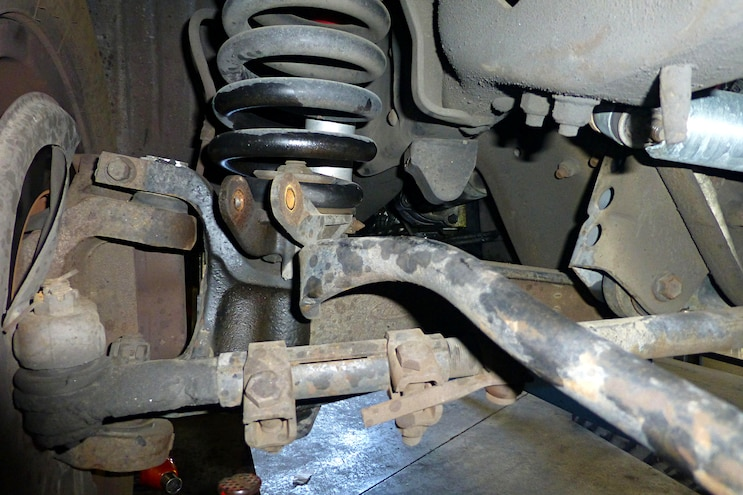 Project Big White: Suspension Upgrade on a 1995 Ford F-350
