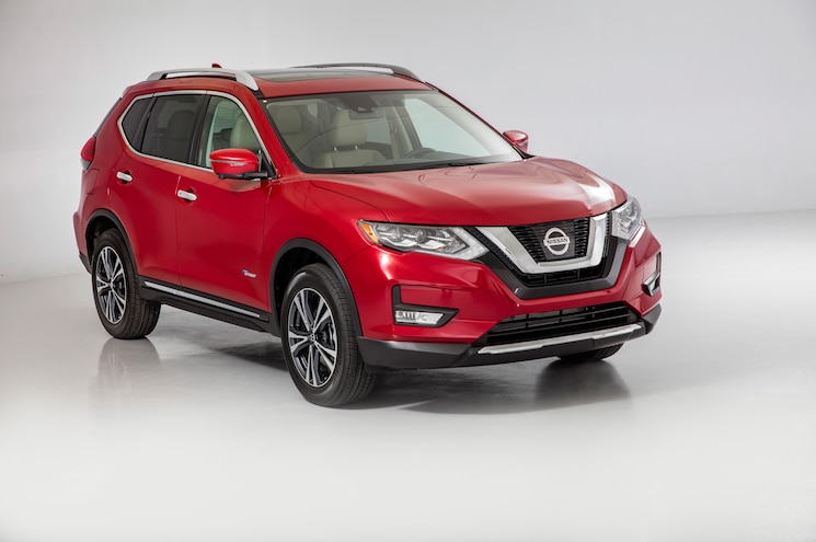2017 Nissan Rogue Hybrid Sl Front Three Quarter