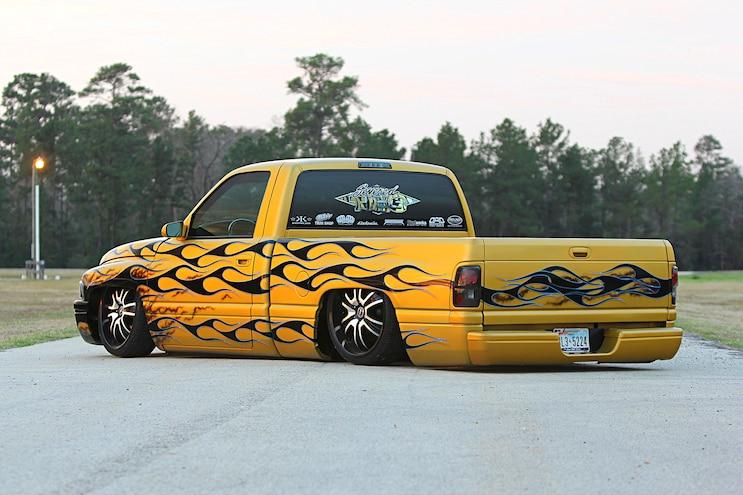 2000 Dodge Ram 1500 Truck Rear Quarter