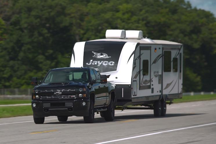 2017 Chevrolet Silverado 2500hd Towing Travel Trailer