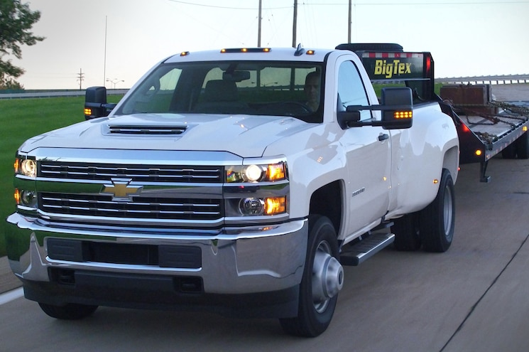 Chevrolet Joins Forces with Trailering Industry to Improve Integration