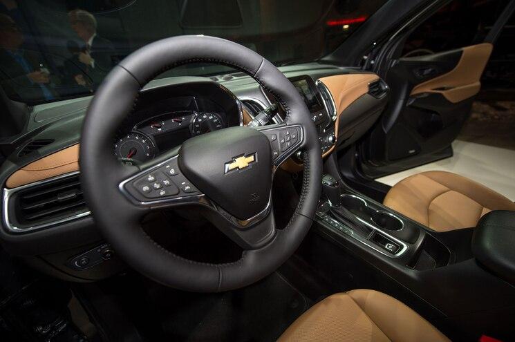 2018 Chevrolet Equinox Reveal Steering Wheel