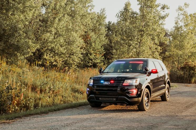2017 Ford Police Interceptor Utility Front Visor Lights 02
