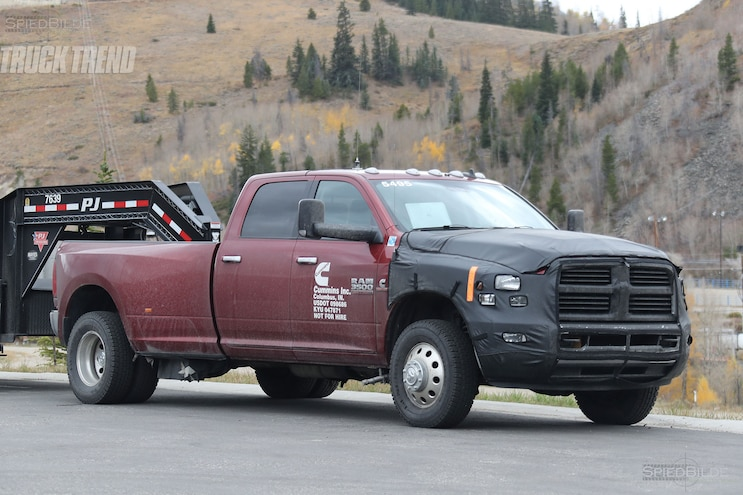 2018 Ram 3500 Heavy Duty Front Quarter 03
