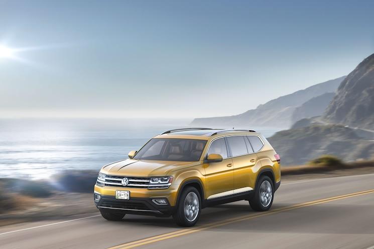 2018 Volkswagen Atlas Front Three Quarter In Motion Coastline